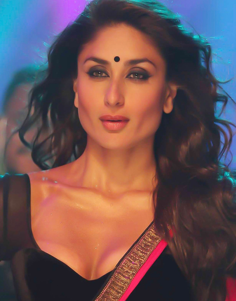 lovers Bollywood Actress Scene Real Age Actresses: Kareena ...