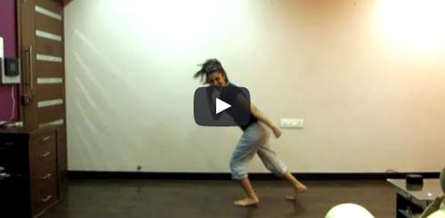 Epic Performance By A Girl On Saree Ke Fall Sa