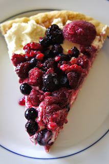Mixed Berry Breakfast Pizza: Savory Sweet and Satisfying