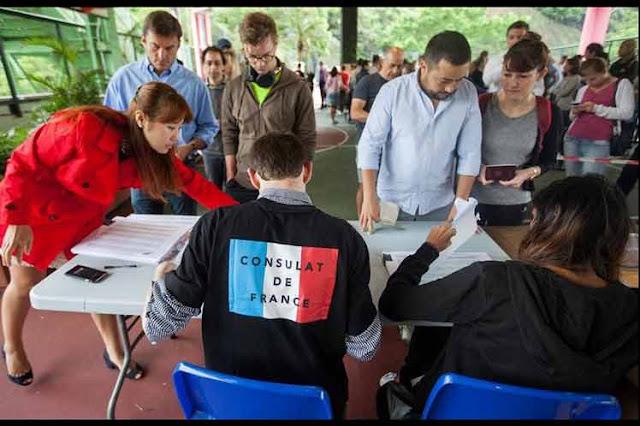 Abren mesas de voto para elecciones presidenciales en Francia