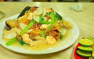 Mie Hengki Makassar, Wisata Kuliner di Makassar