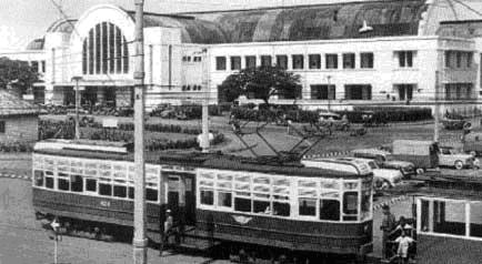 Adalah Sarana Transportasi Di Jakarta Pada Masa Hindia Belanda Saat Jakarta Masih Bernama Batavia Trem Pertama Kali Digerakan Menggunakan Tenaga Kuda