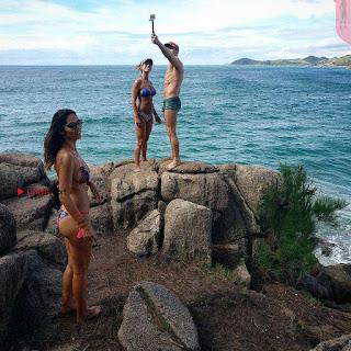 Bruna Abdullah Bikini (11) ~ Celebs.in Exclusive.jpg