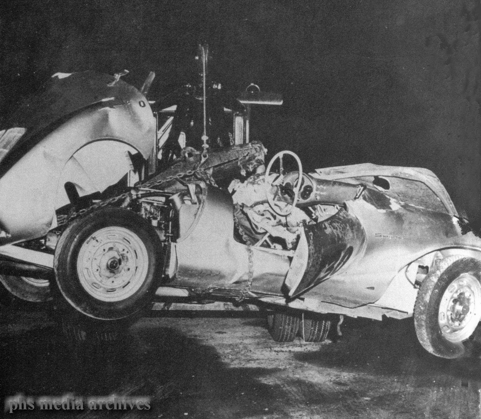 Lost Star Cars James Deans Porsche 550 Spyder Updated W News Of 356a Wiring Diagram Photo Wreck Taken After Dusk Near Cholame Chest Bent The Steering Wheel And His Forehead Was Caved In Death Virtually Instantaneous