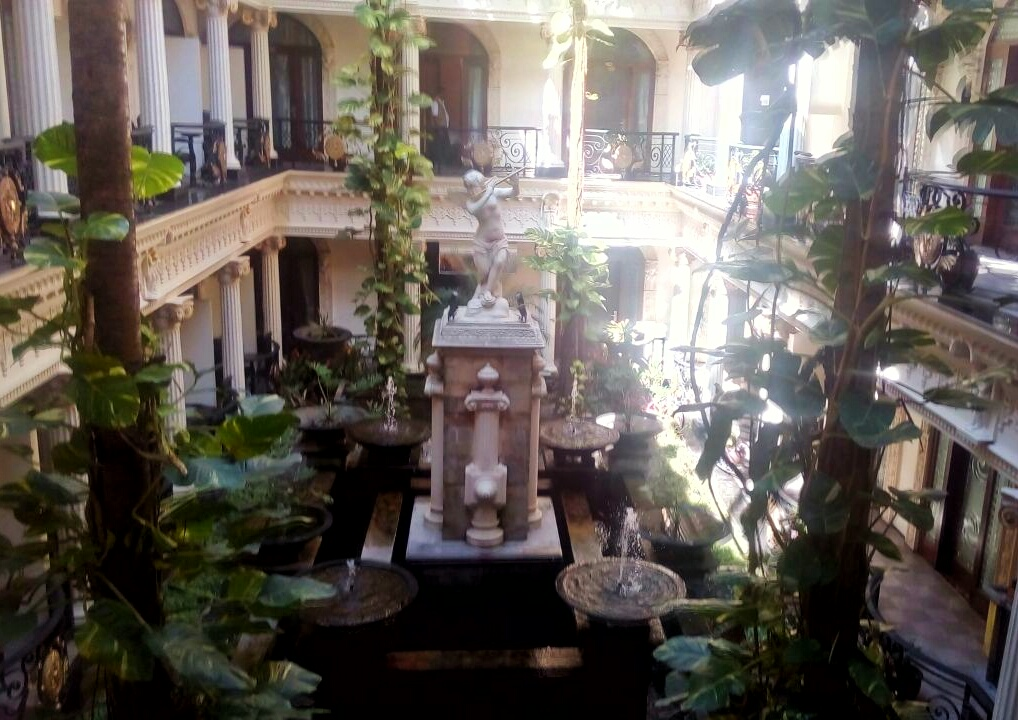 Tapi Buat Yang Mencari Hotel Murah Di Situs Booking Online Rate Harga Grand Palace Mulai 320ribu Nyaman Pusat Kota Malang Akan