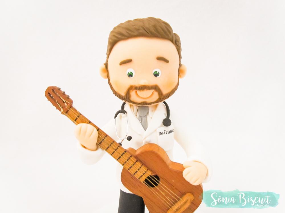 Médico, Violão, Biscuit, Médico com Violão, Medico, Violao