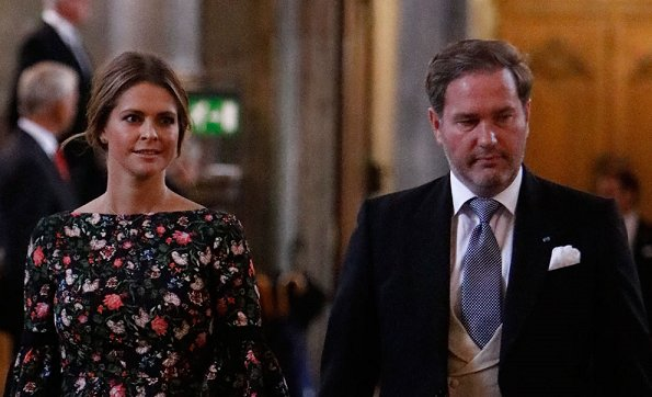 Queen Silvia, Crown Princess Victoria, Prince Daniel, Prince Carl Philip, Princess Madeleine and Christopher O'Neill.
