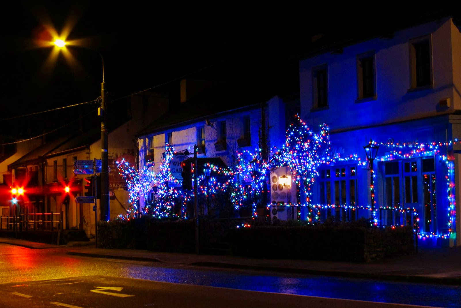 Christmas lights decorations at the White gables in Moycullen