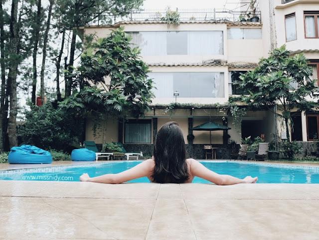 hotel dengan kolam renang di lembang bandung
