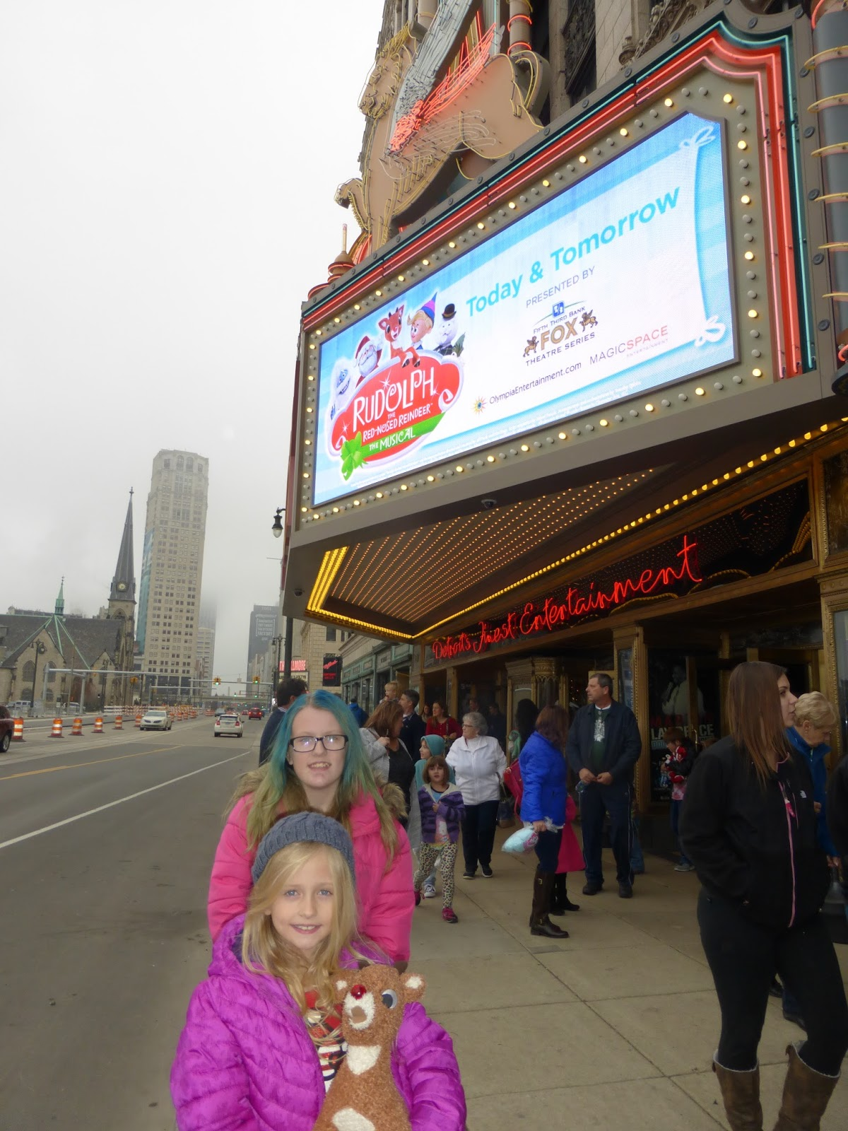Mom Among Chaos: Disney's Beauty and The Beast at the Fox ...