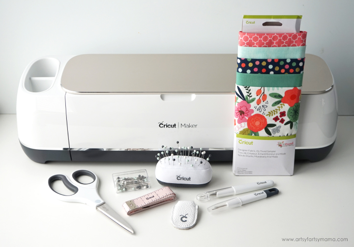 Creating a Half Hexi Quilt is easy when you use the Cricut Maker machine! #CricutMade