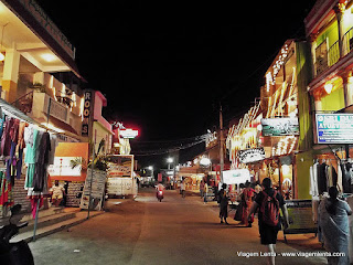 Relato da viagem ao sul da Índia: Chennai e Mahabalipuram - Shore Temple, dinastia Pallava, Five Rathas, Krishna´s butterball.