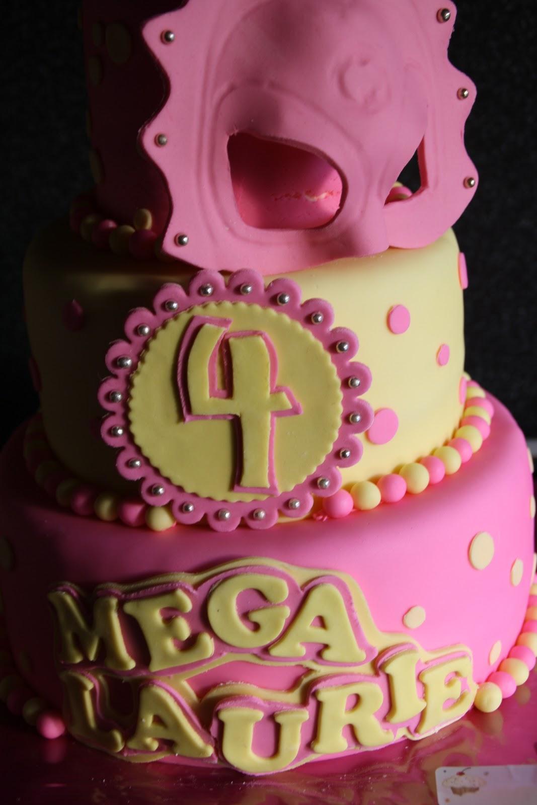 mega mindy taart maken Wendy`s creaties enzo.: Mega Mindy taart mega mindy taart maken