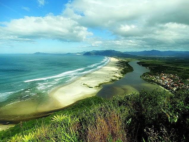 Praia da Guarda do Embaú, Palhoça