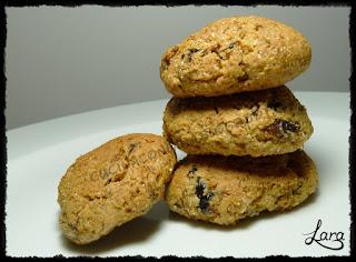 http://cucinaconlara.blogspot.it/2017/01/biscotti-integrali-con-prugne-secche.html