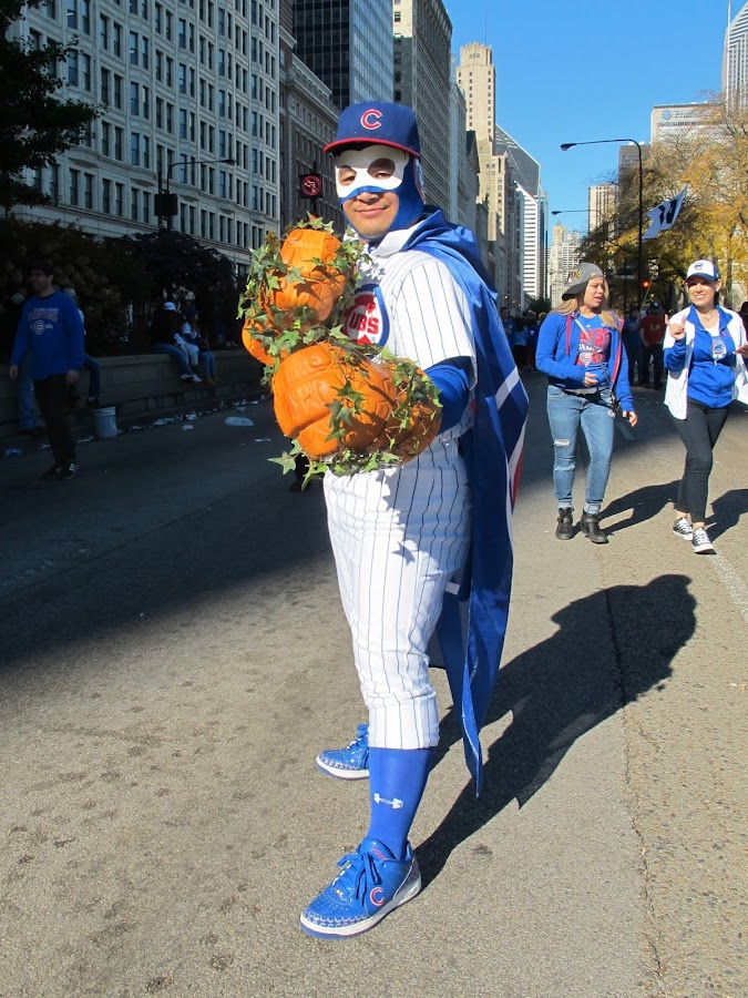 chicago street style fashion blog cubs win