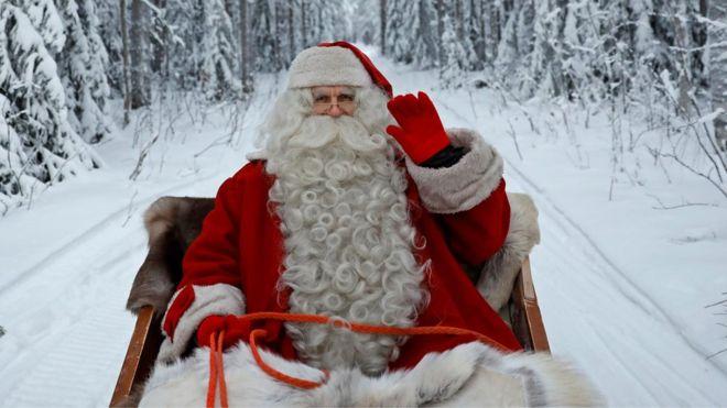 Mwalimu Afukuzwa kazi Kisa 'Father Christmas'