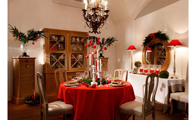 Сервировка домашнего праздничного стола (рекомендации и советы)