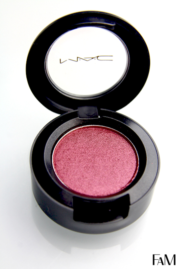 Mac Cranberry Eyeshadow Review, Swatch And Demo
