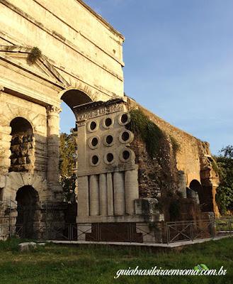 guia brasileira roma sepultura padeiro - Sepultura do padeiro Eurisace