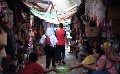 Wisata BElanja Di Kawasan Souvenir Jalan Ahmad Yani