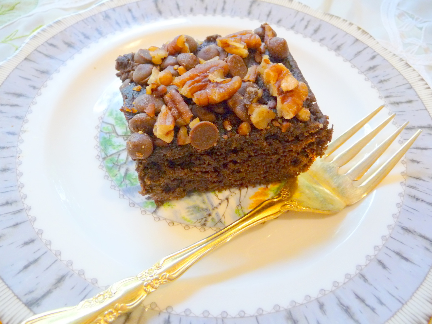 Chocolate Zucchini Cake With Applesauce