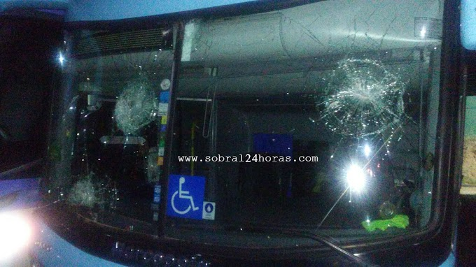 Ônibus que transportava o time do Sousa-PB é apedrejado em Sobral