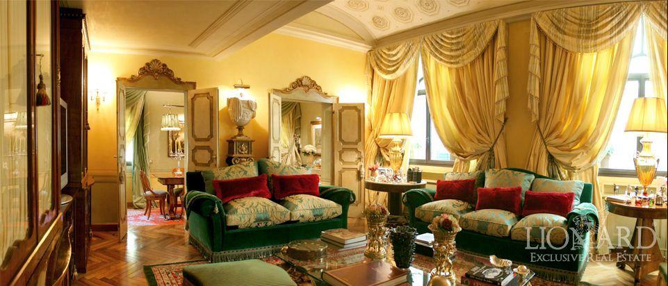 Immagini di interni di case di lusso for Disegni di ville di lusso