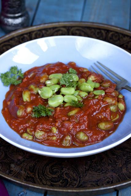 sos pomidorowy z bobem