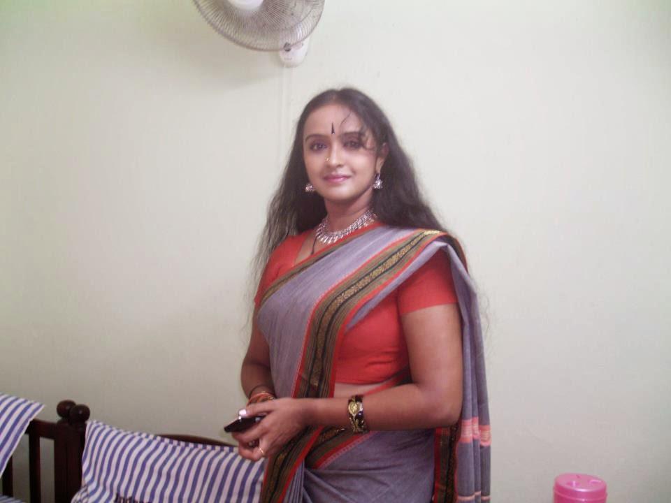 Mallu Malayalam Serial Actress Shalu Menon Hot Images -5825