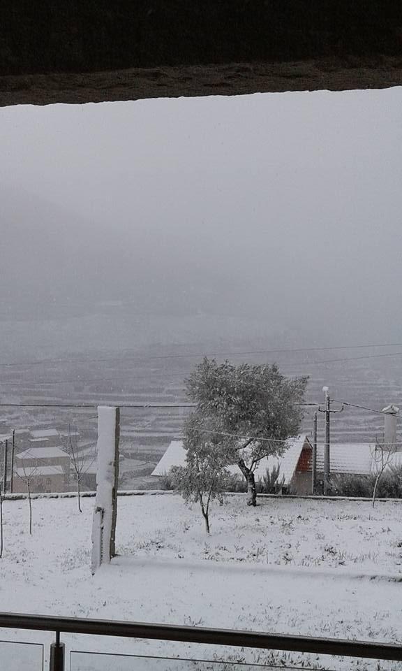 Neve na Aldeia da Felgueira
