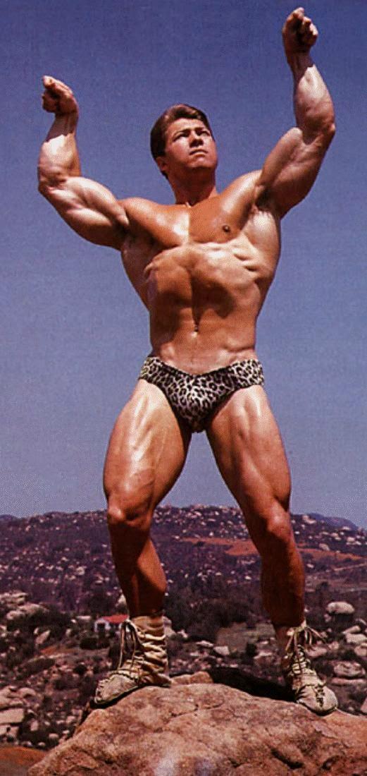 افضل عضلات باىسبس لاري سكوت