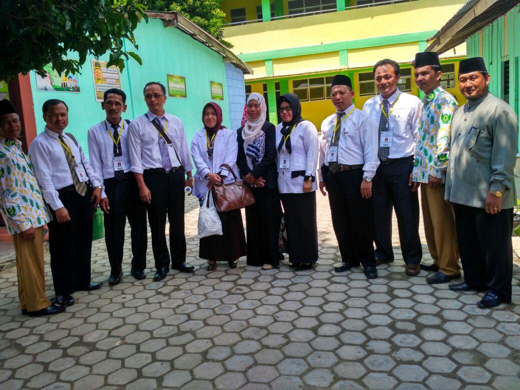 Berkah pada tahun ajaran baru 2017/2018 MI Al-Ittifaqiah kedatangan....