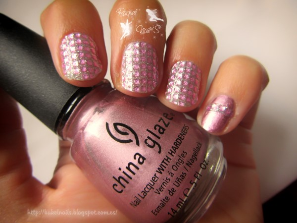 Diamond_Pink_nails