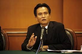 PNS Disuruh Milih HTI Atau Tetap PNS, Yusril : Pemerintah Bahlul, Wong HTI Sudah Dibubarkan