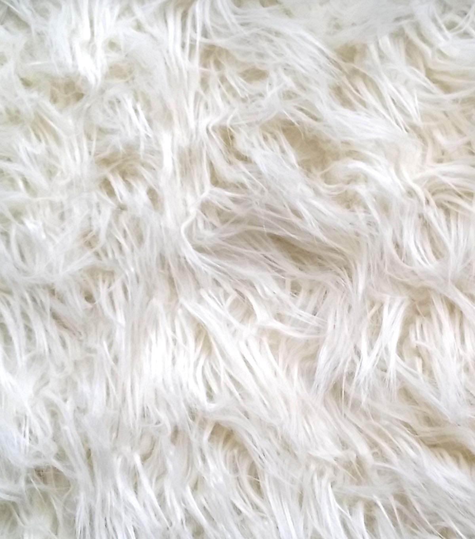 The Little Farm Diary: DIY Faux Fur Rug