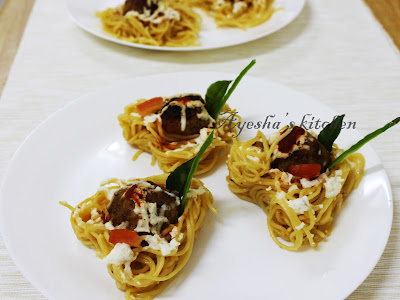PASTA RECIPES - SPAGHETTI MEATBALLS