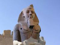 PATUNG RAMSES II HASIL PEMUGARAN DIRESMIKAN PEMERINTAH MESIR