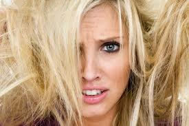 Cara merawat rambut Kering dan Mengembang