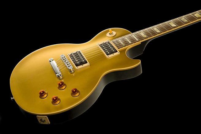 Slash Goldtop Les Paul : famous axes amps and effects gibson slash signature les paul goldtop ~ Hamham.info Haus und Dekorationen