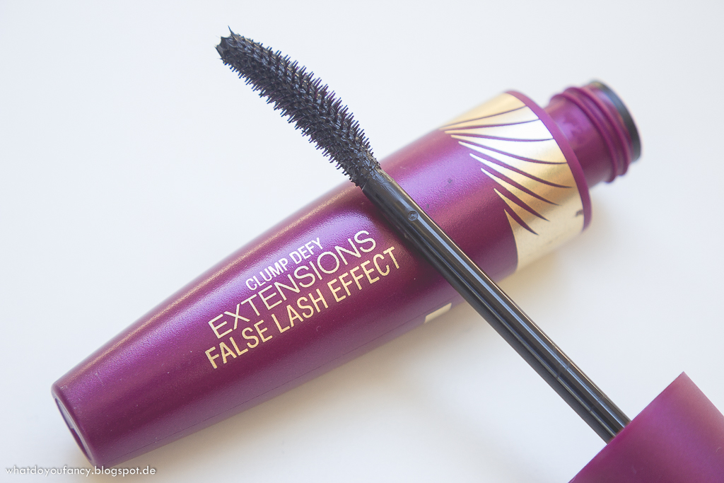 Max Factor Clump Defy Extensions False Lash Effect