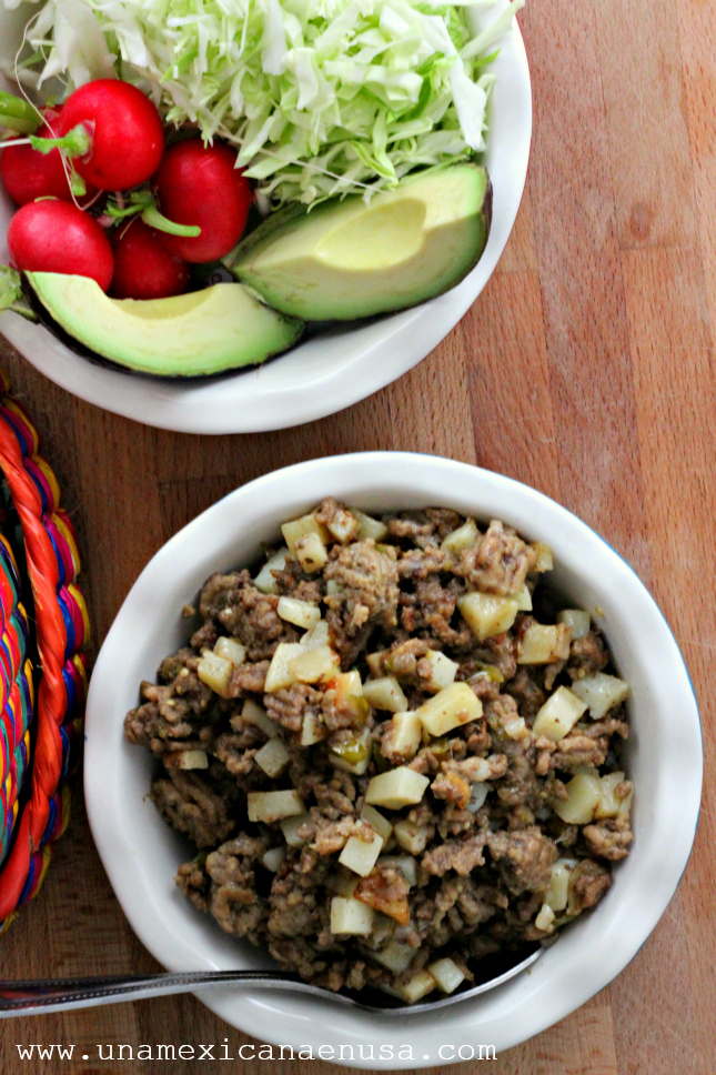 Sopes de picadillo fácil by www.unamexicanaenusa.com