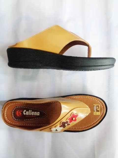 Sandal wanita Callena model Japit Coklat Atas Samping