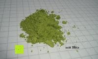 mit Blitz: 100g Original Japanischer BIO Matcha Pulver aus Uji Japan - Für Grüntee-Latte, Coldbrew Matcha, Smoothies, Backen. 0,16/Portion