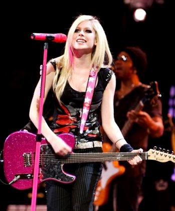Foto de Avril Lavigne en el escenario