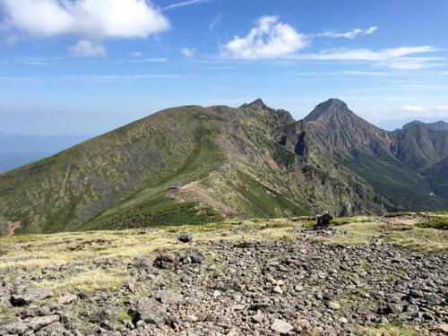 硫黄岳山荘と駒草神社方面