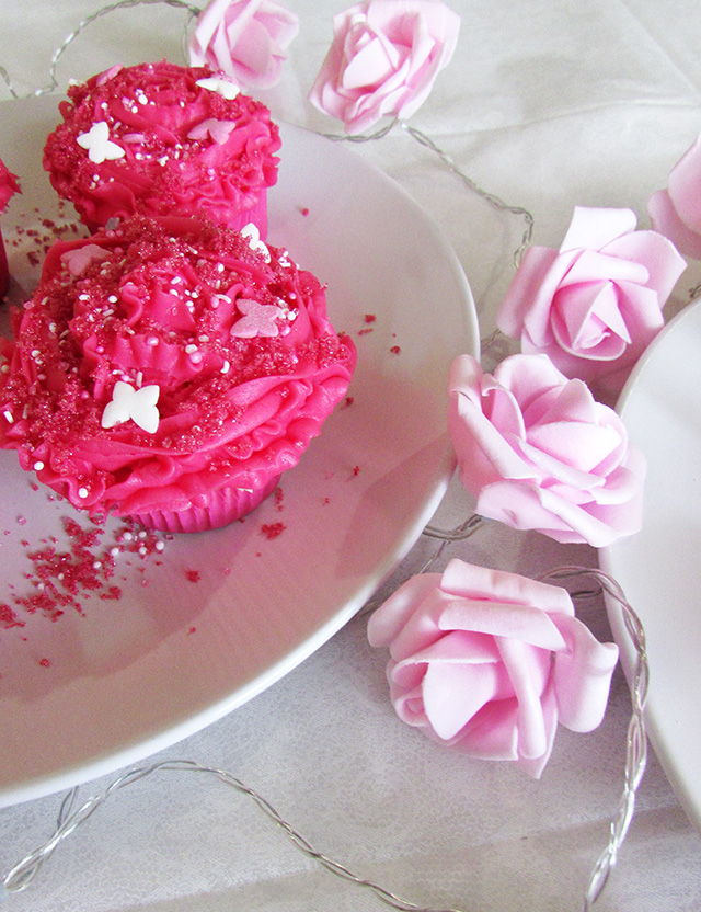 Fairy Floss-Filled Cupcakes with Bubblegum Icing - The Small Adventurer