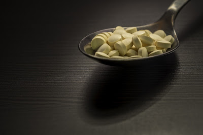 lektuuri 17.3, lektuuri blogi, itsehoito, vitamiinit, dieetti, sokeri, some, sosiaalinen media, terveysvalmiste, mainos