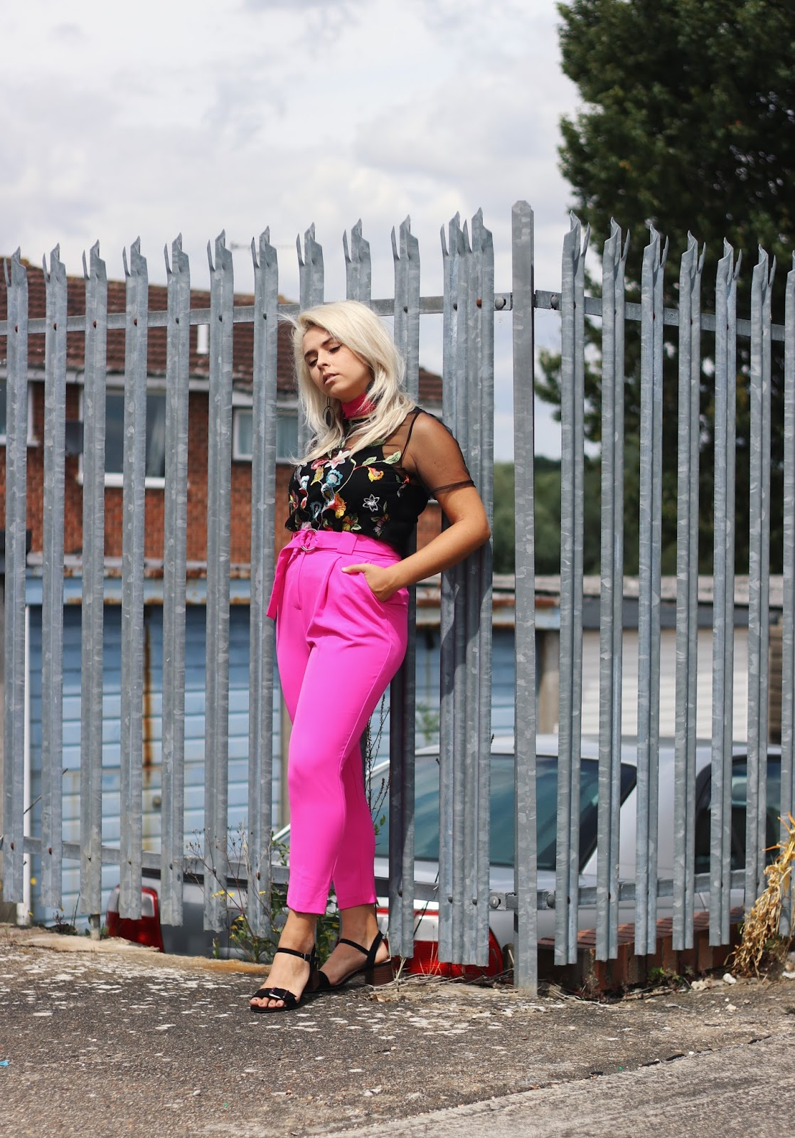 HOW TO STYLE PINK