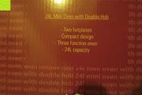 Aufdruck: Andrew James – 23 Liter Mini Ofen und Grill mit 2 Kochplatten in Schwarz – 2900 Watt – 2 Jahre Garantie